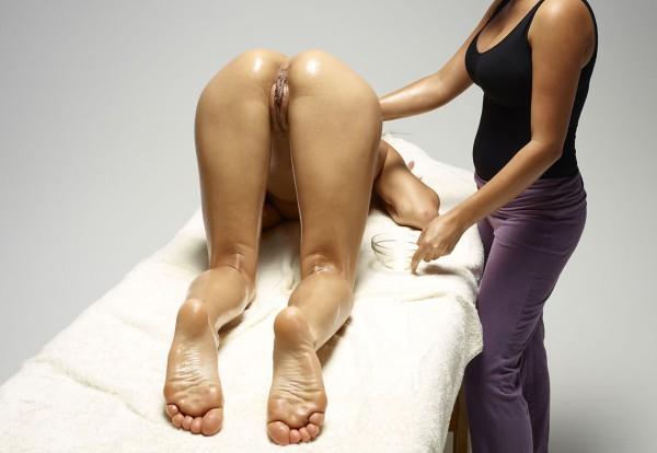 анальный массаж девушке