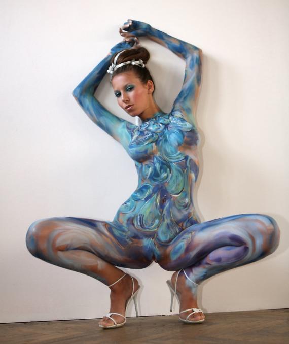 боди арт - женщина красотка