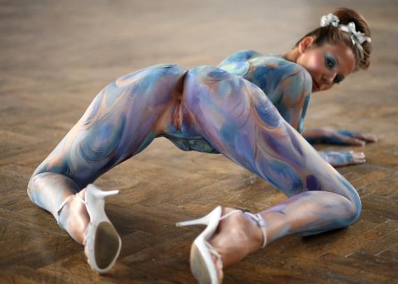 эротическая раскраска тела рисунками