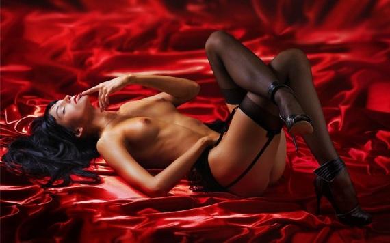 делаем эротический новогодний массаж