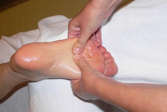 фут массаж с маслом