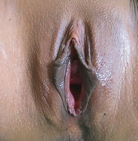 фото раскрытого влагалища женщины - 12