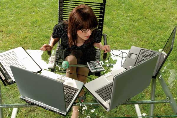 женат на работе - трудоголизм