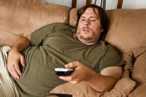 как поднять мужа с дивана