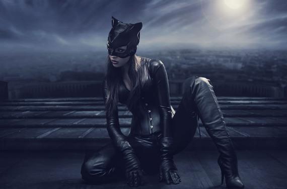красивое фото женщины-кошки