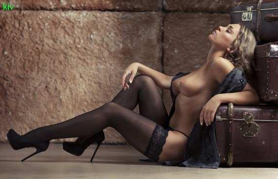 мужчин возбуждают сексуальные чулки