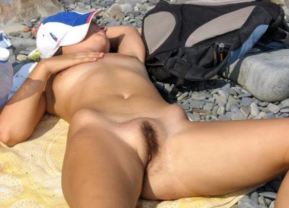голых девушек можно встретить где угодно