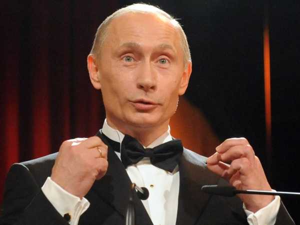 Путин в смокинге