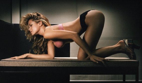 сексуальная поза сзади для фото сессии