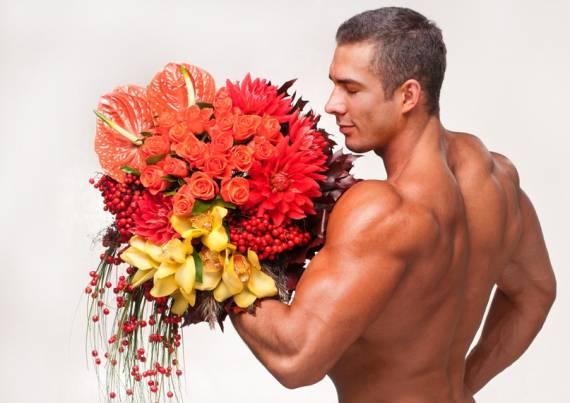 10 сексуальных советов мужчинам к 8 марта