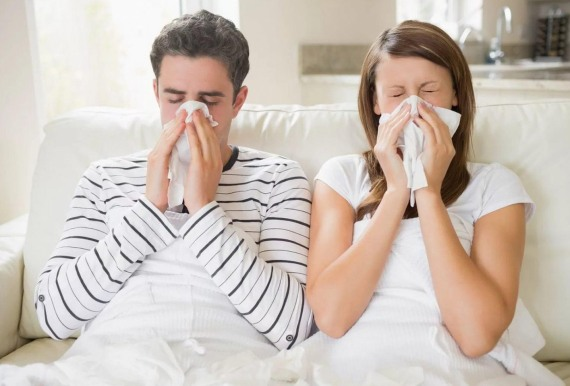 Заботится во время болезни