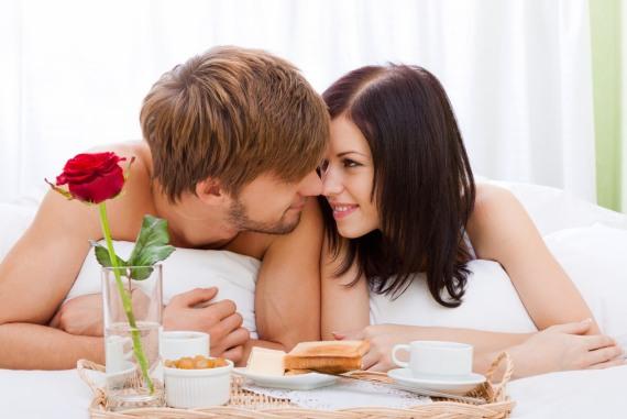 завтрак в постель это романтично