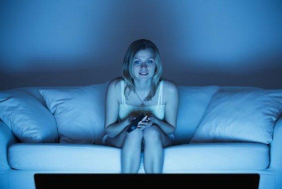 зачем женщина смотрит порно